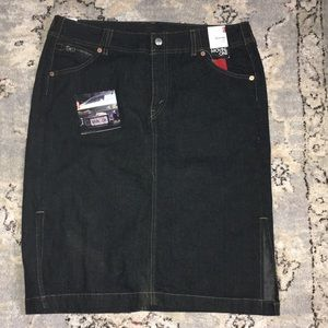 Levi's side split skirt